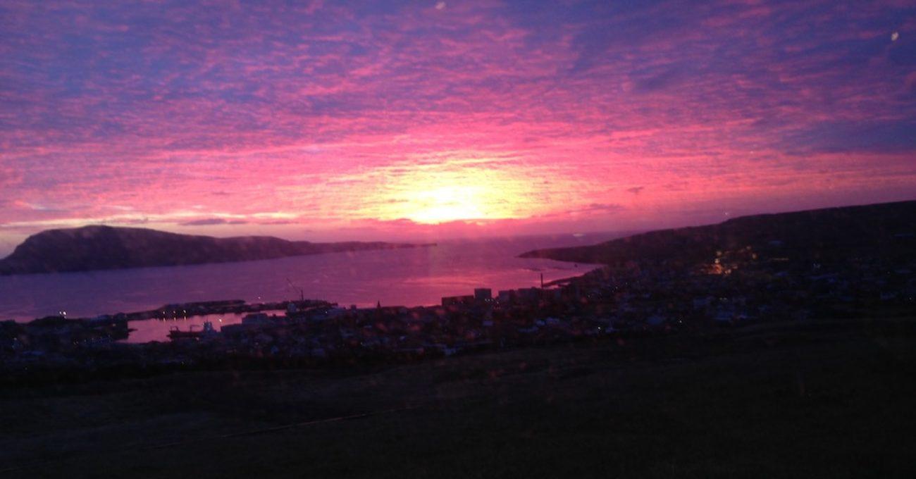 フェロー諸島の日の出